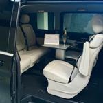 Transfert d'affaires en voiture avec chauffeur